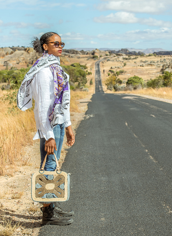 Sac Becky en raphia de Madagascar, Lookbook Sans Arcidet Paris